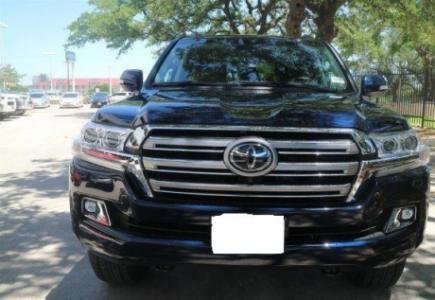 Toyota Land Cruiser 2017 Black color